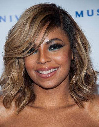 Ashanti Medium Wavy Loose Side Part Hairstyle Grammys 2014
