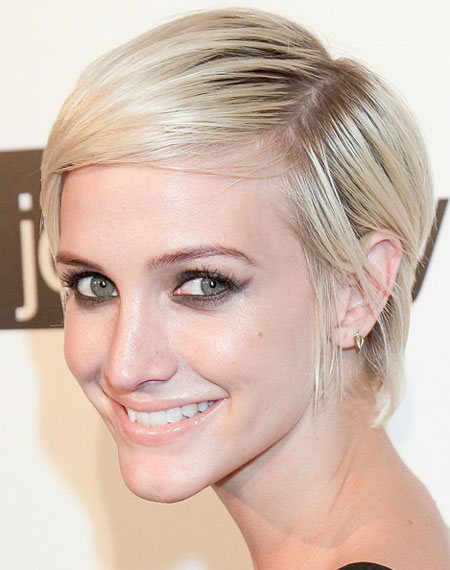 Ashlee Simpson Pixie Short Hair Careforhair Co Uk Careforhair Co Uk