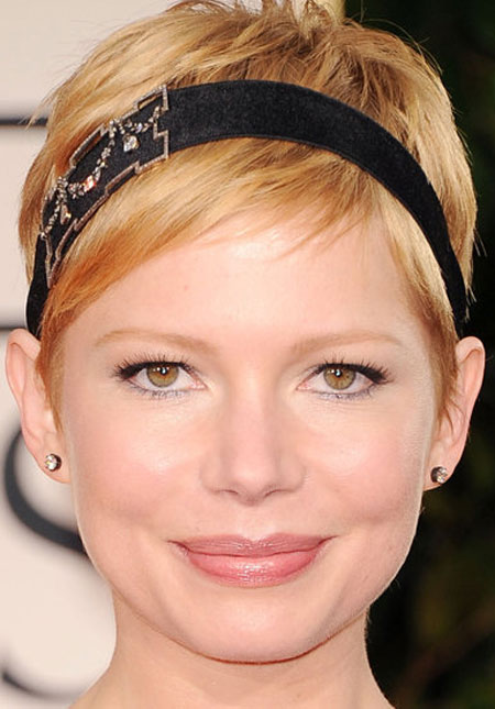 Michelle Williams Pixie with Headband Prom Hairstyle