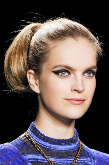 Blob Ponytail, Fall 2013 Runway Hairstyles, Anna Sui