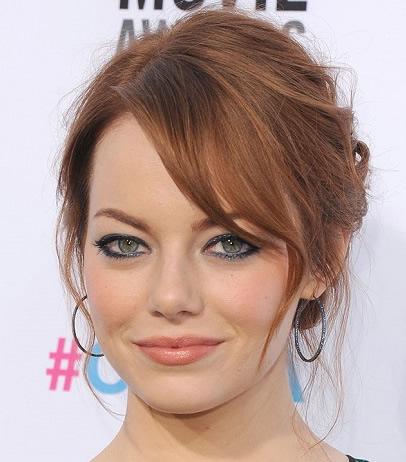 Emma Stone's red hair bun