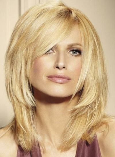 Medium Length Layered Straight Sexy Blonde Hairstyle With Bangs