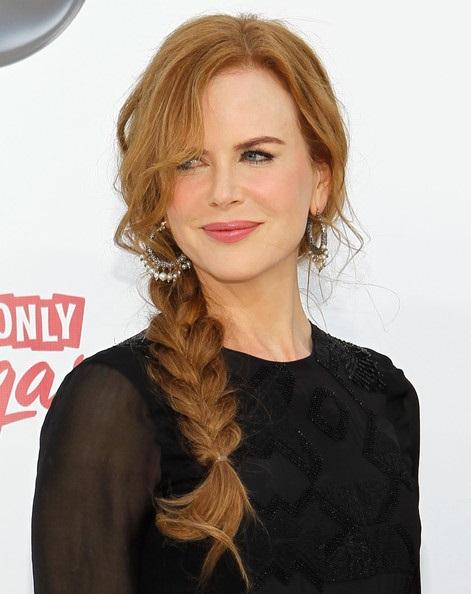 Nicole Kidman's Red Side-braid